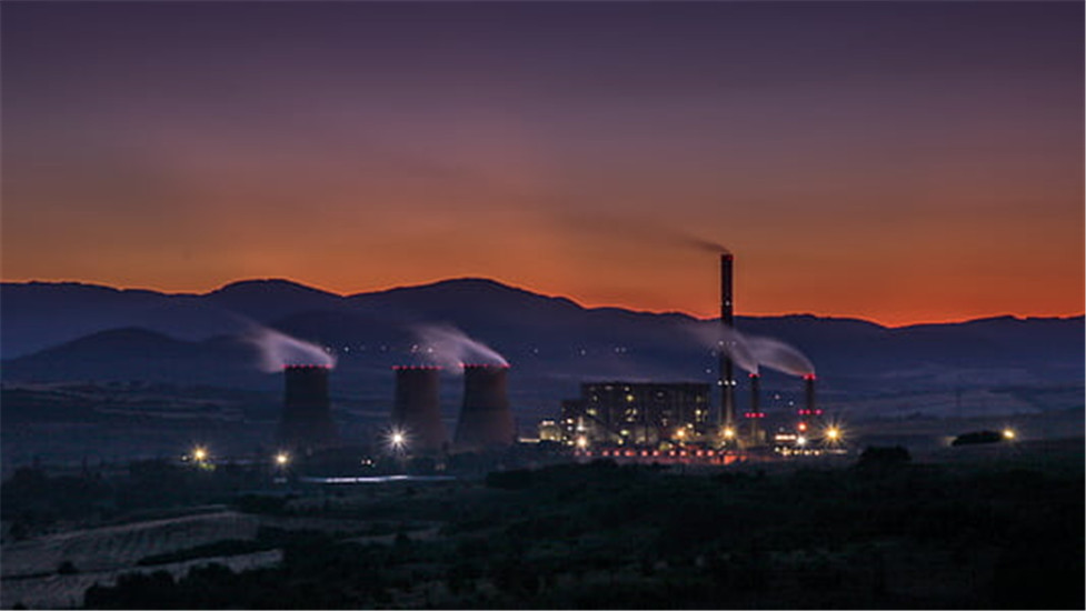 dawn-dusk-factory-industry-thumb.jpg